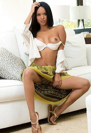 Black Nude Girls Porn